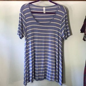 Lularoe Perfect T blue and gray stripes xxs